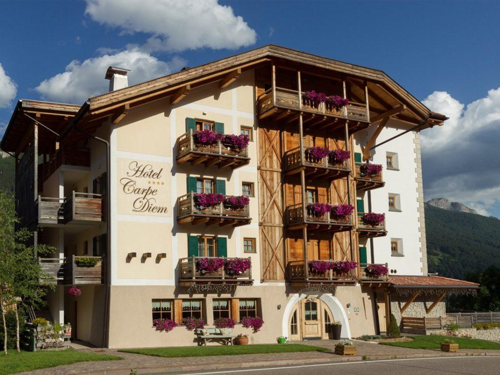 Esterno dell'Hotel Carpe Diem a Vigo di Fassa