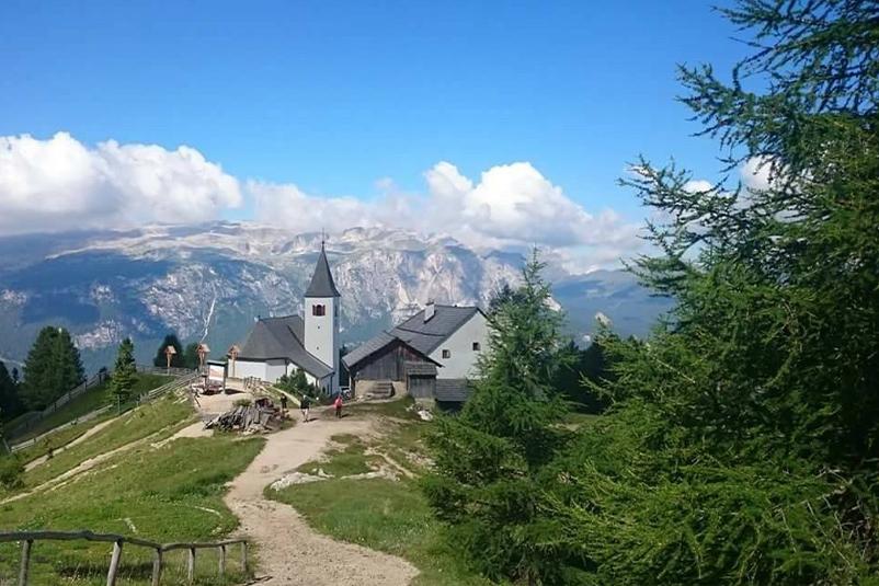 Chiesetta di La Crusc in Val Badia